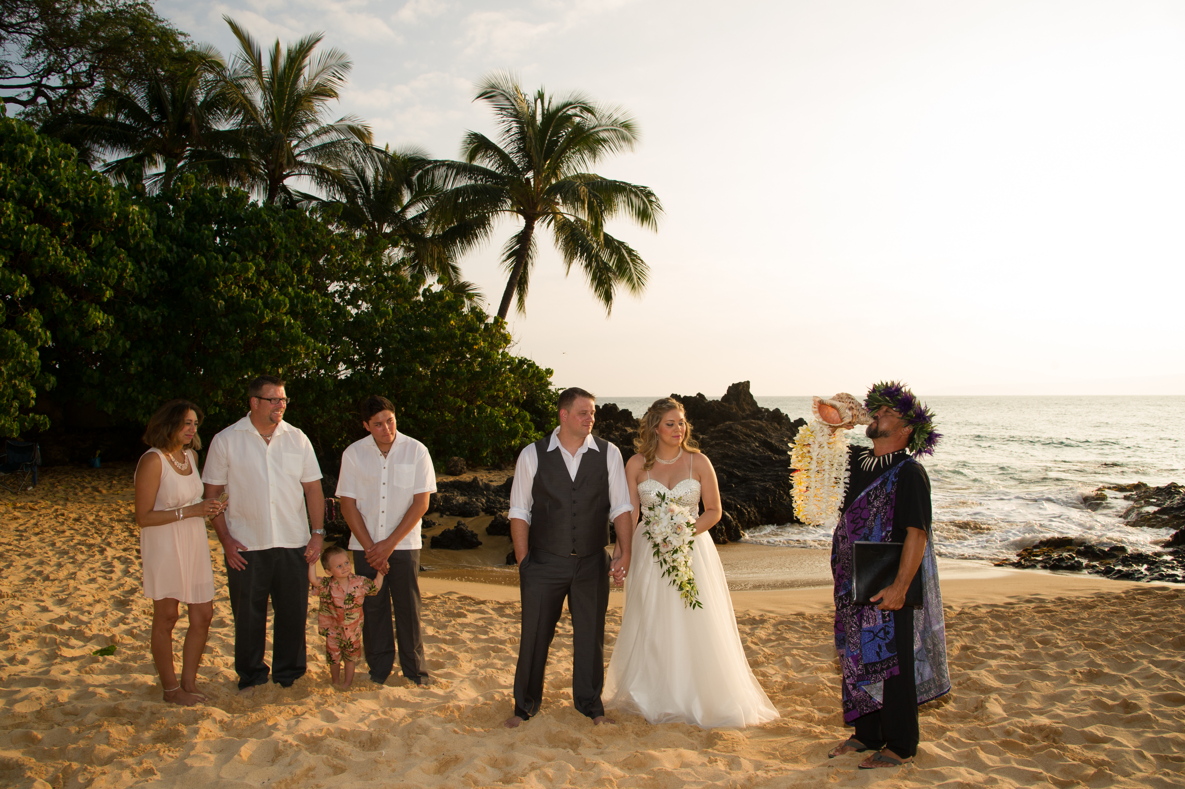 Gina Garrett Were Married At The Beautiful Makena Cove Beach Also Known As Secret It Was An Intimate Ceremony With Just A Few Family Members To
